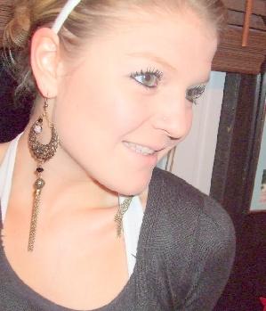 Scharfes Blondchen (26) aus Blankenburg sucht Sexdate